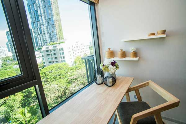 Rhythm-Suk-3638-1br-rent-0417-featured