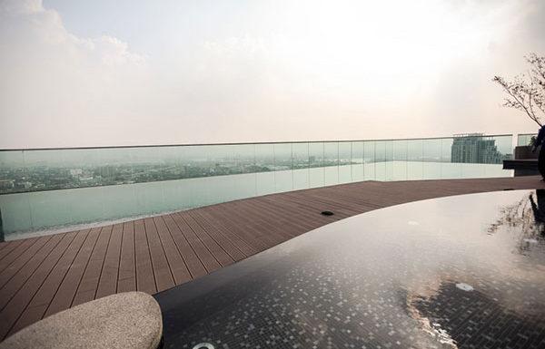 Rhythm-Sukhumvit-44-1-Bangkok-condo-for-sale-sky-swimming-pool-2