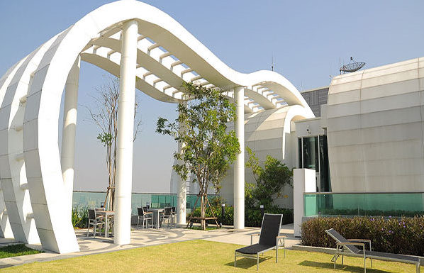 Rhythm-Sukhumvit-50-Bangkok-condo-for-sale-rest-area-on-floor-37-600x385